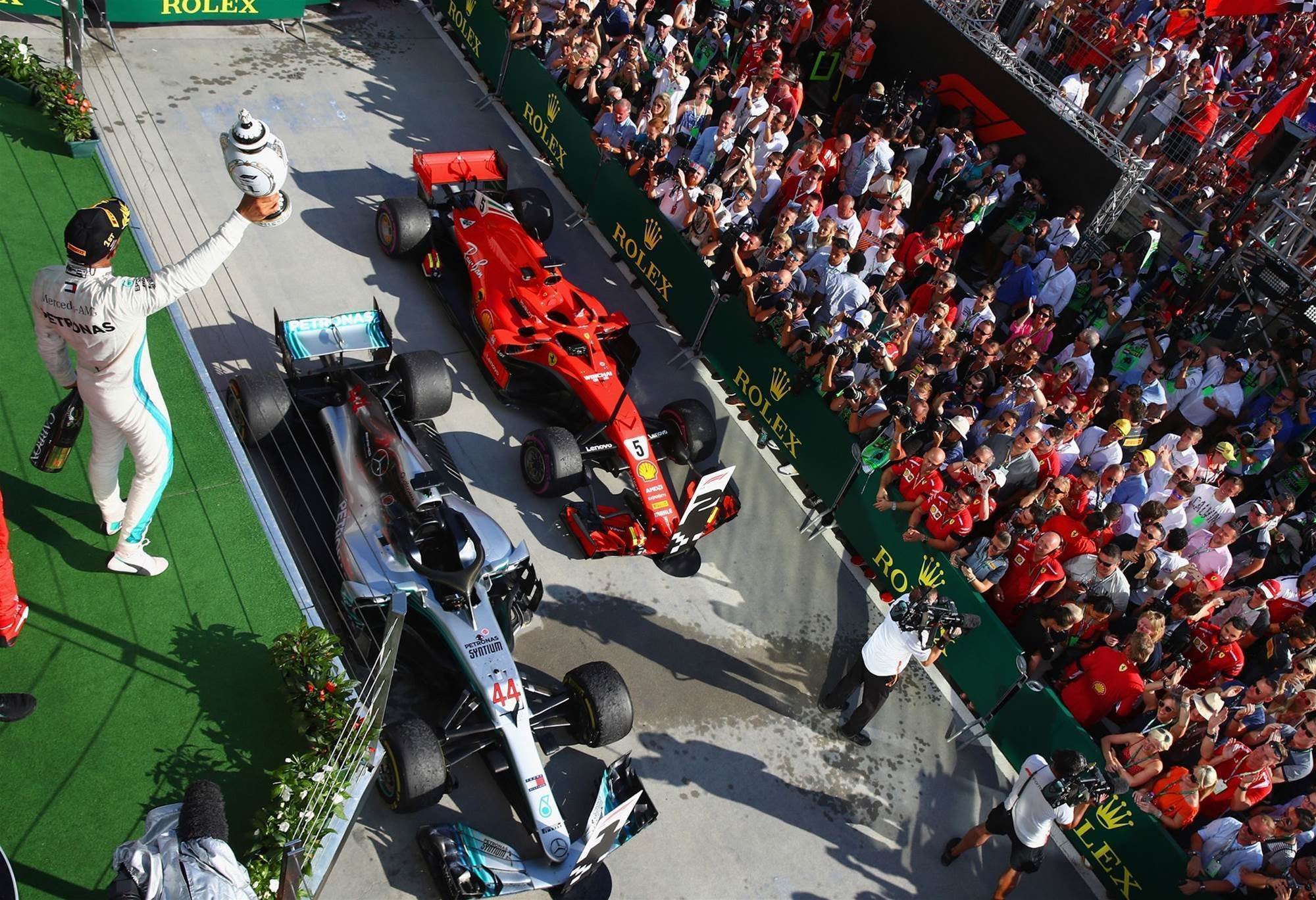 Hamilton goes back to back in Hungary