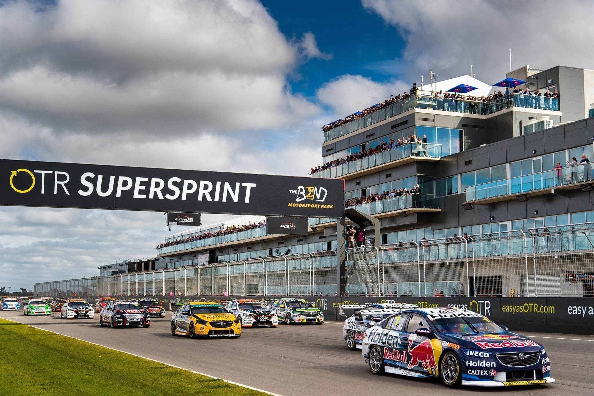 Pic gallery: Tailem Bend Supercars