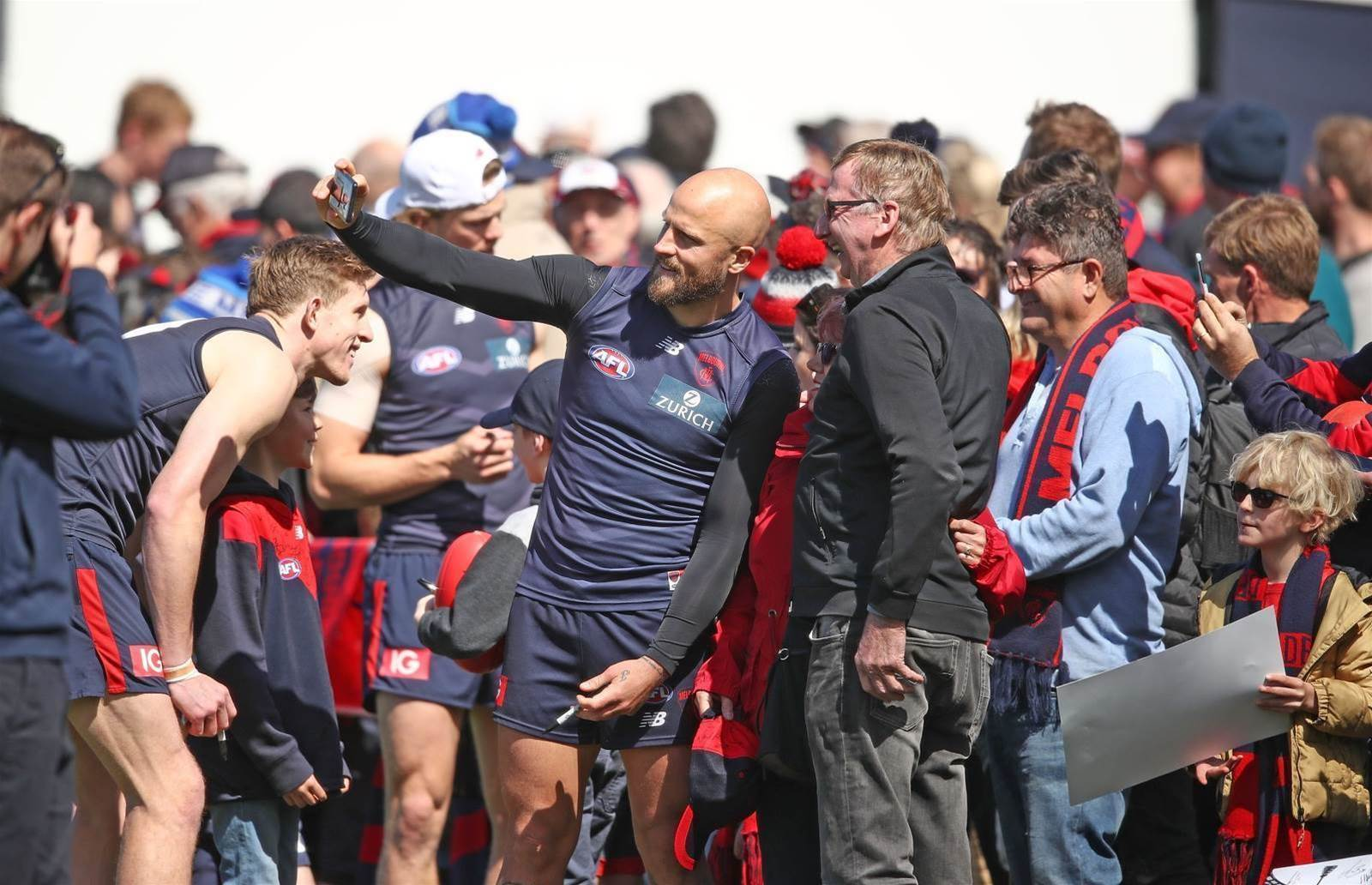 Pic special: Demons get set for the Eagles