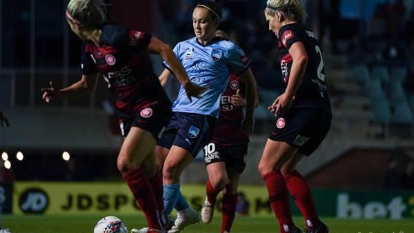 Gallery: Western Sydney Wanderers v Sydney FC