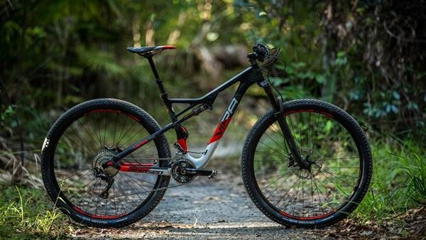 TESTED: Momsen Vipa Trail