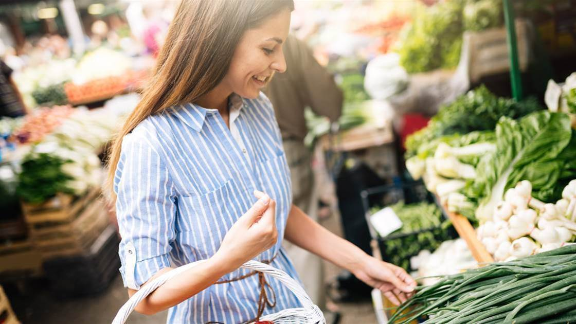 6 Grocery Shopping Mistakes That Are Slowing Your Weight Loss