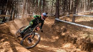 Atherton and Bruni tame Andorra DH
