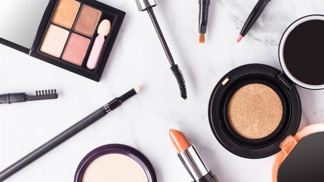 Anti-ageing Makeup Tricks for Dark Circles, Wrinkles and Getting THAT Glow