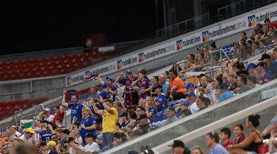 Awesome Sideline Gallery: Newcastle Jets v Perth Glory