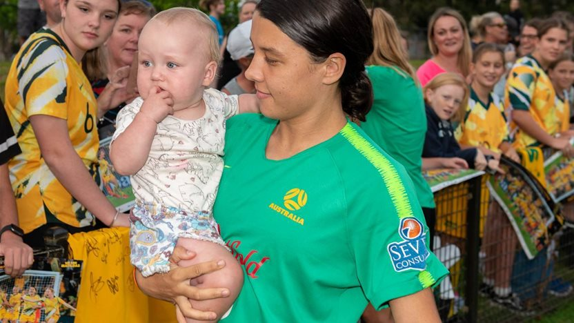 Matildas meet the fans - epic pic special