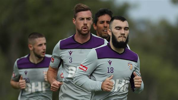 Pic Special: Perth Glory back on the paddock