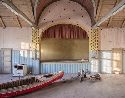 photos of abandoned ballrooms