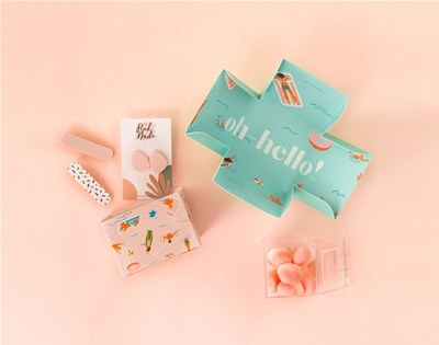 oh-hello's personalised gift boxes