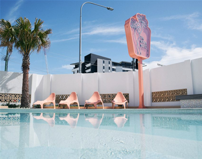 peep this retro motel on the gold coast