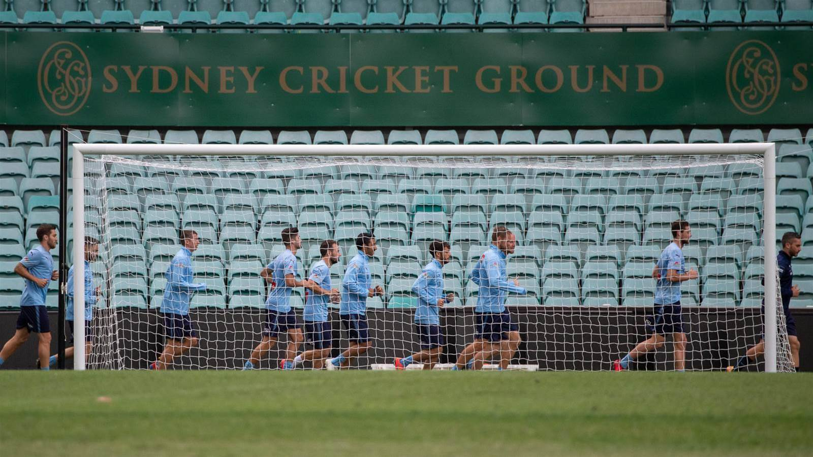 In pics: Sydney train for Big Blue at SCG