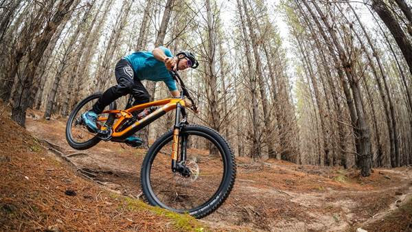 TESTED: Trek's all new Slash enduro bike!