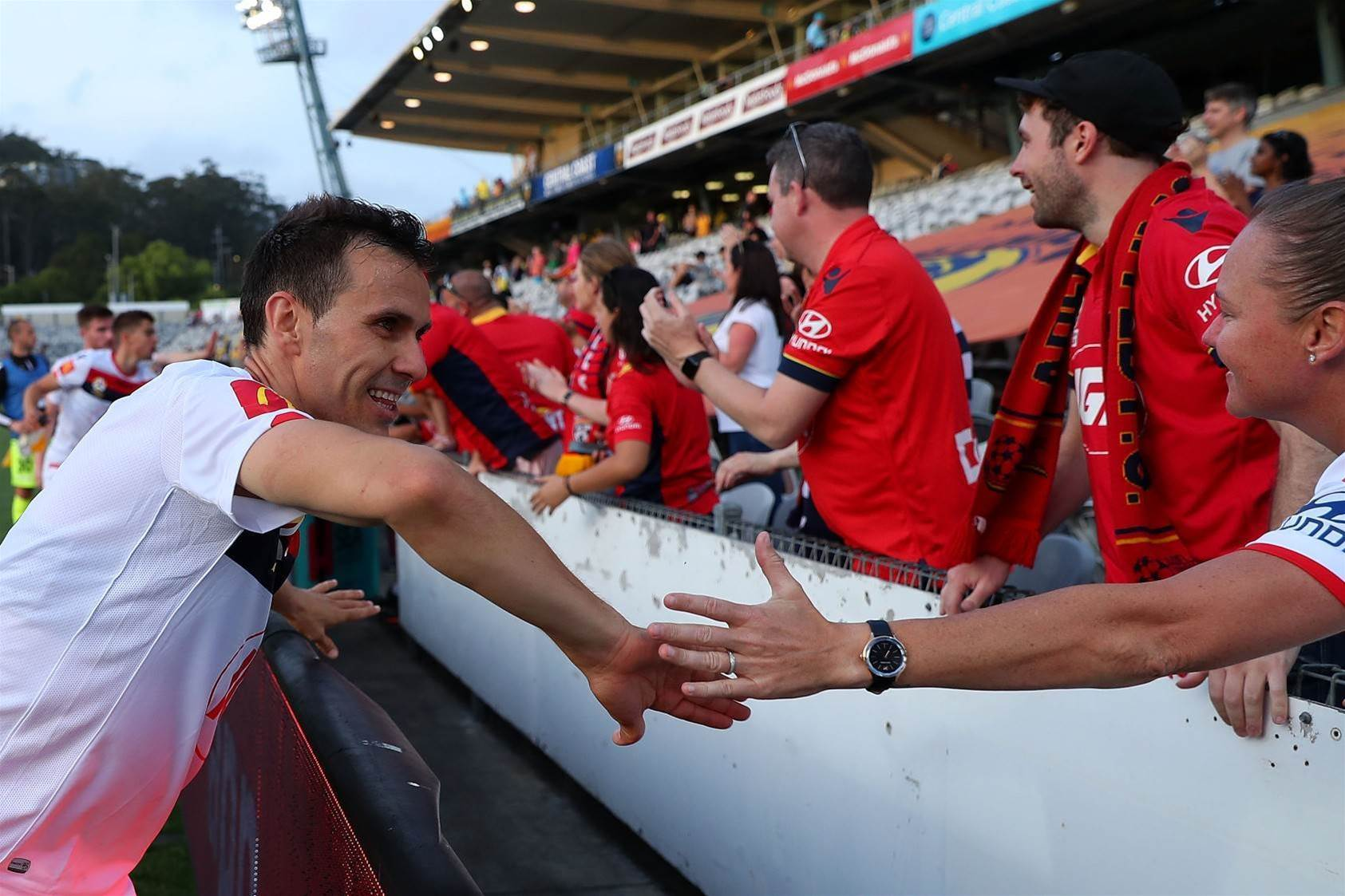 A-League pic special: Away teams plunder points!