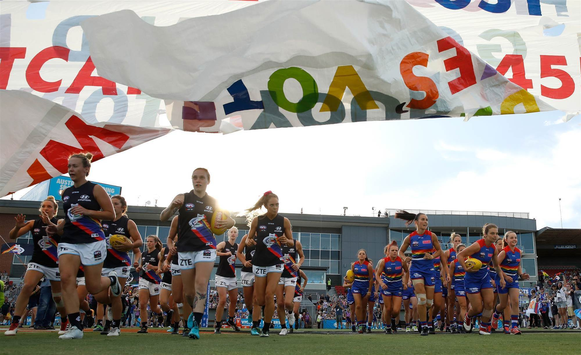 AFLW Pride match: Western Bulldogs v Carlton