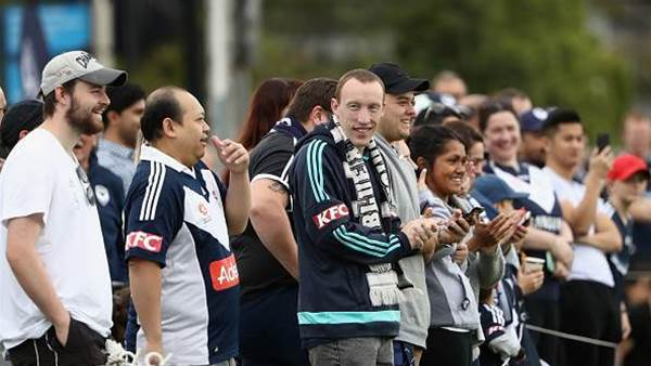 Fans pack out Victory's training session