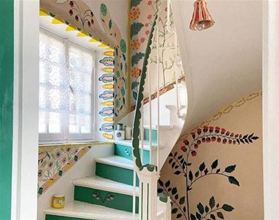 artist nathalie lété painted flowers all over her house