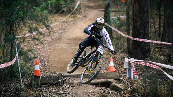 Kye A'Hern signs with Canyon Factory Racing DH