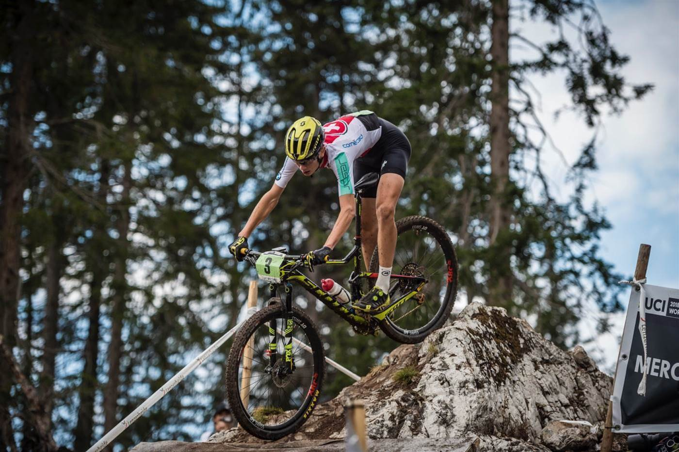 Stigger and Balmer win Junior XCO titles
