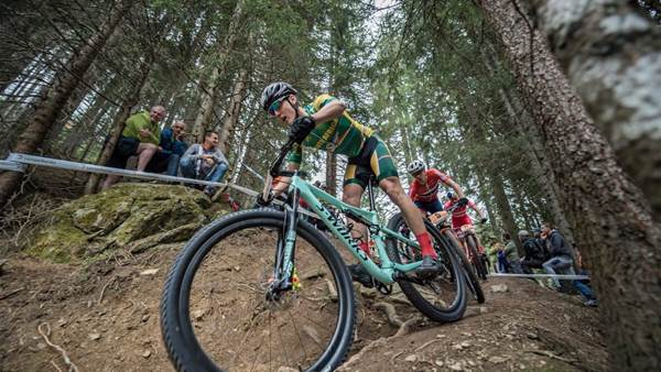 Keller and Hatherly win U23 XCO World Titles