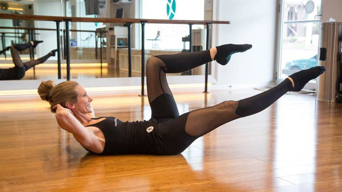 5 Barre Exercises To Tighten Your Abs And Glutes