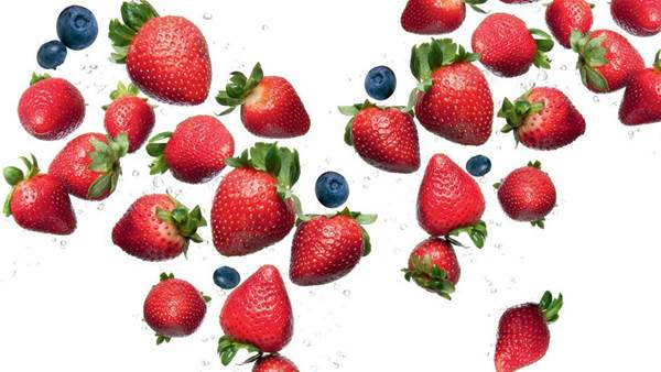 5 Summer Superfoods To Eat Today