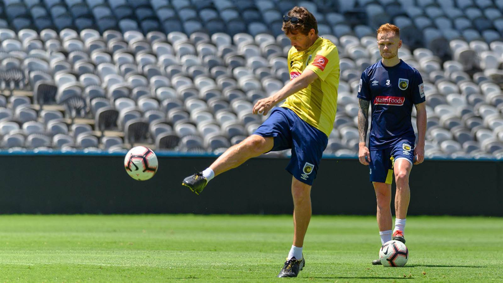 Pic Special: Should Mariners play Mulvey?