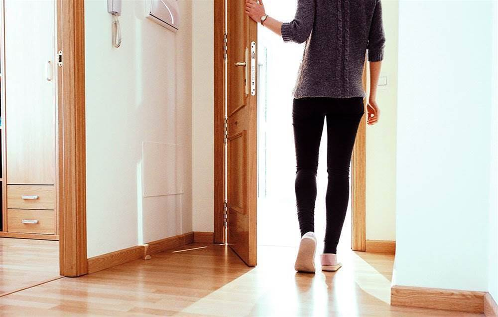 5 Things That Happened When I Started Taking A 15-Minute Walk After Dinner Every Night