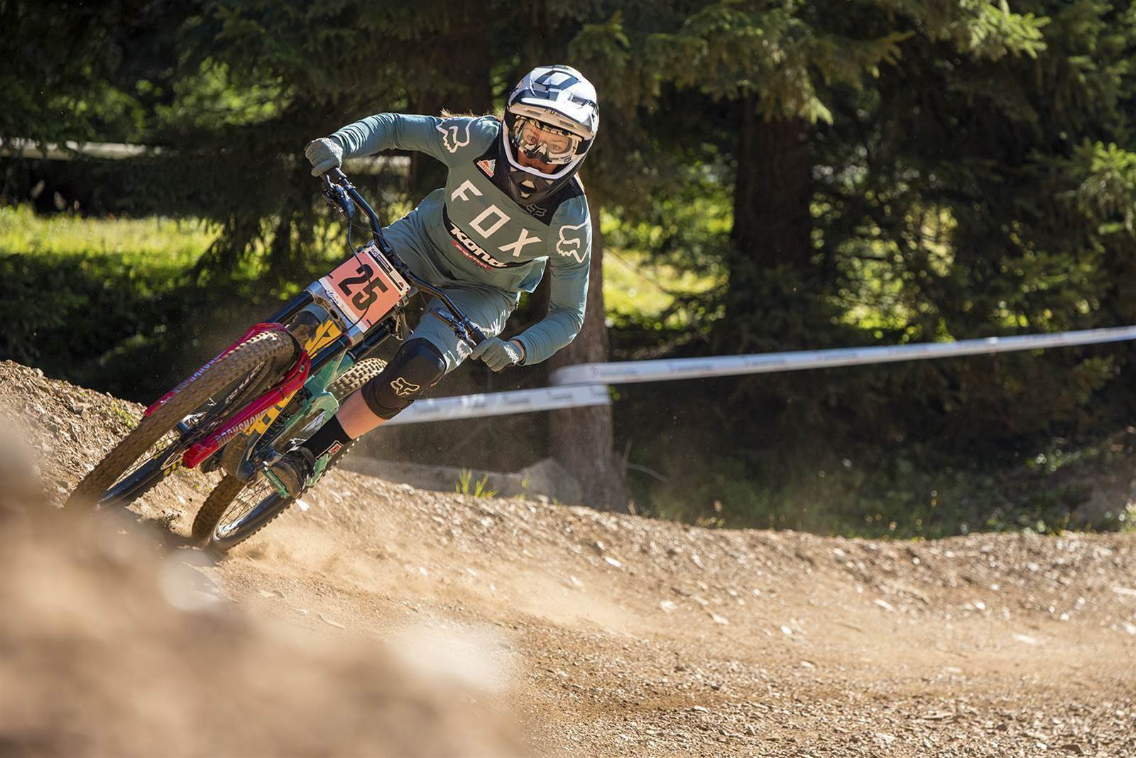 Downhill Practice and Qualifying in Lenzerheide