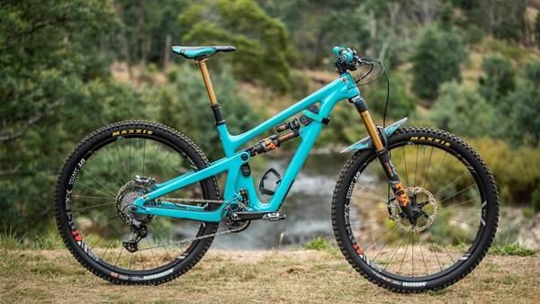 Bike Check: Duncan Nason's Yeti SB150