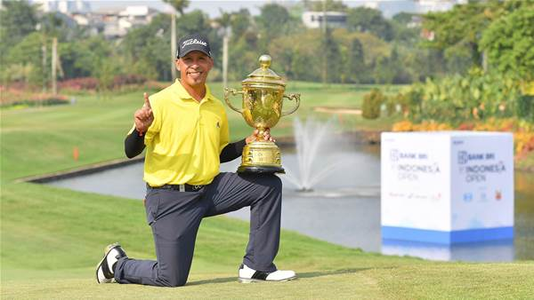 Carballo mounts fightback to win Indonesia Open