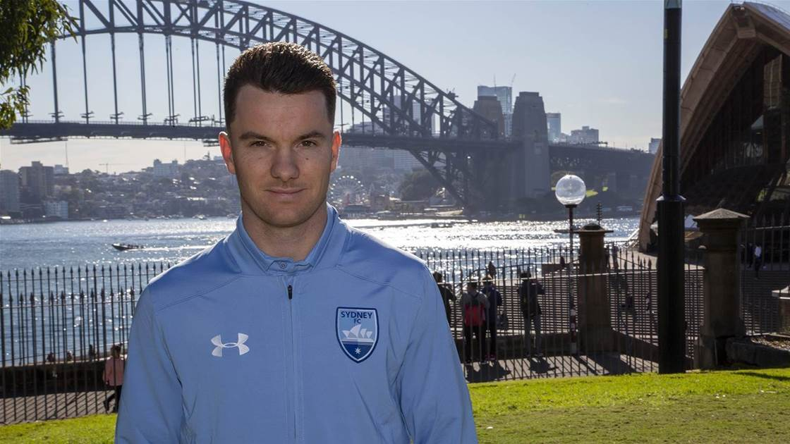 Sydney sign WSW star import