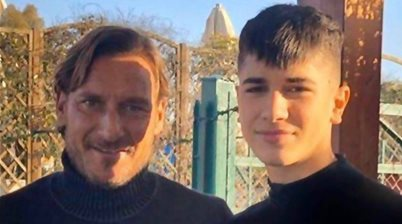 The Mixer: Francesco Totti to sign Aussie starlet