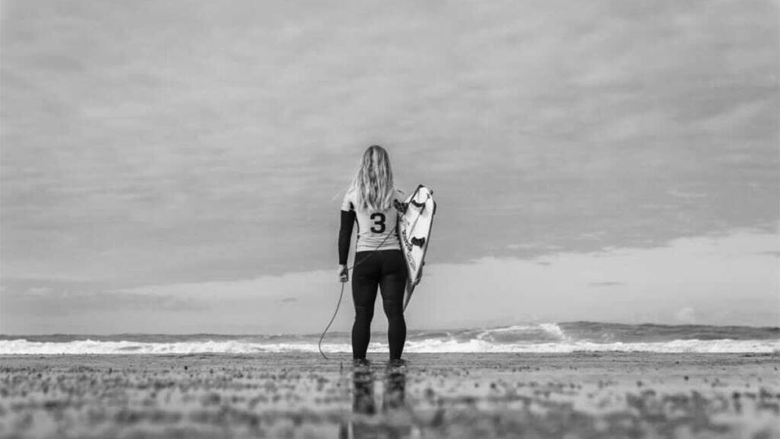 Caroline Marks Tests Positive for Covid-19, Unable to board WSL's Oz Bound Flight.