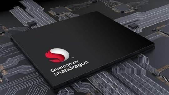 Qualcomm unveils the Snapdragon 850: a mobile chip for Windows PCs
