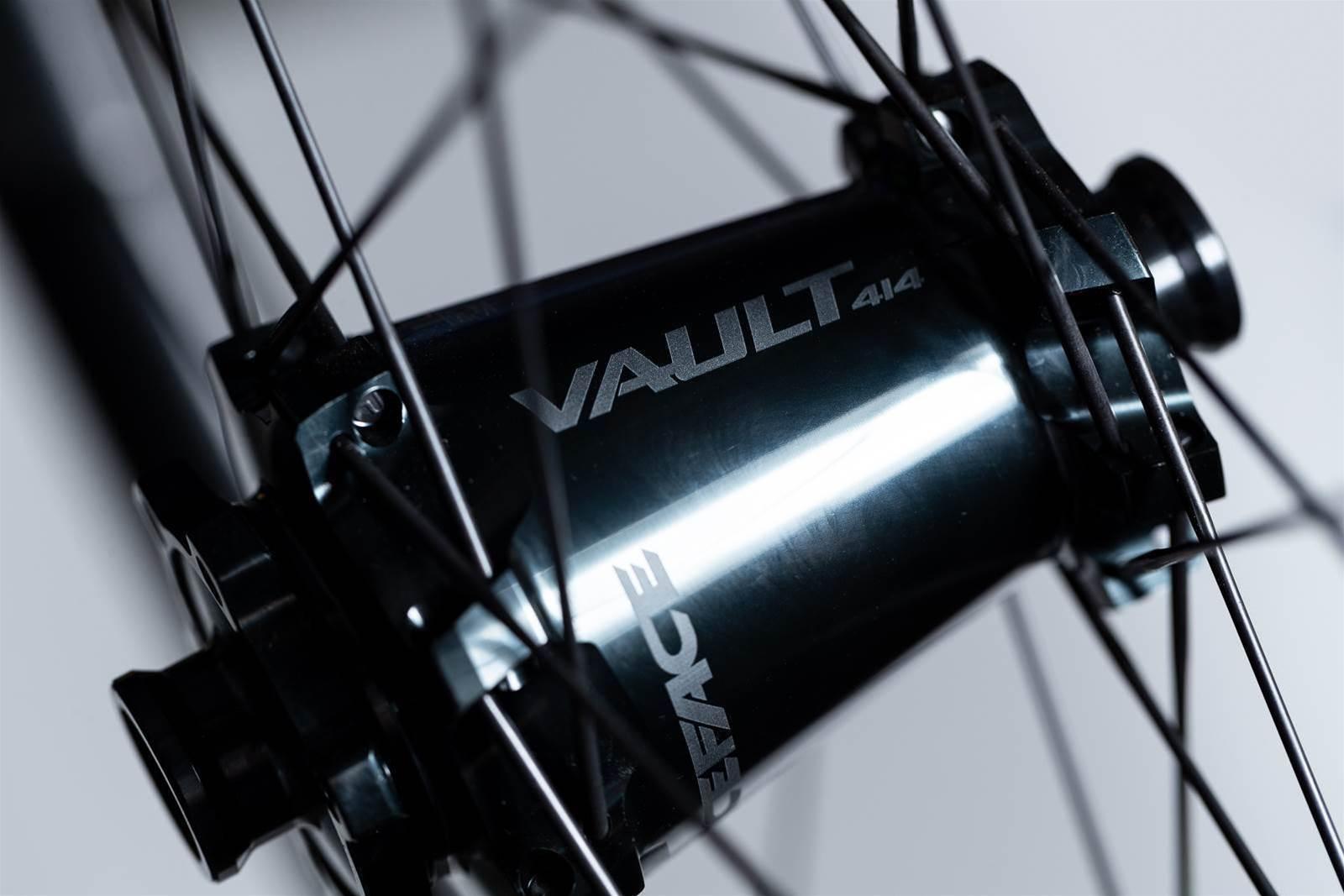 First Look Raceface Next R31 Carbon Wheels Australian