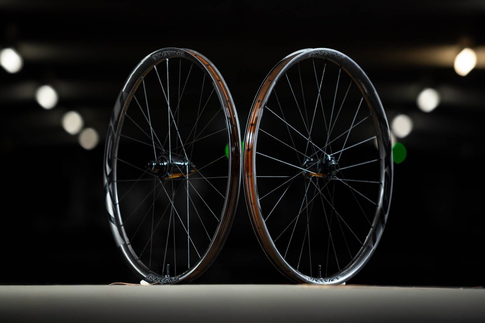 """Tested:RaceFace NEXT R31 29"""" wheel set"""
