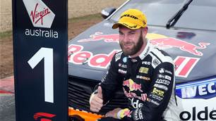 Van Gisbergen ends Ford's dominance in Tassy triumph