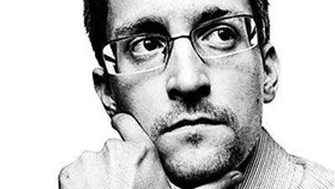 US sues Snowden for memoir profits