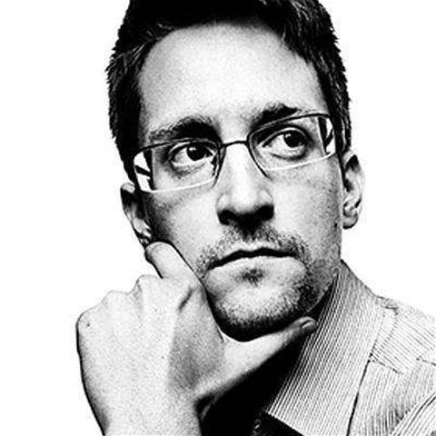 US sues Snowden for memoir profits
