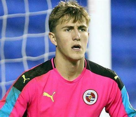 Young Aussie keeper set to be poached by England