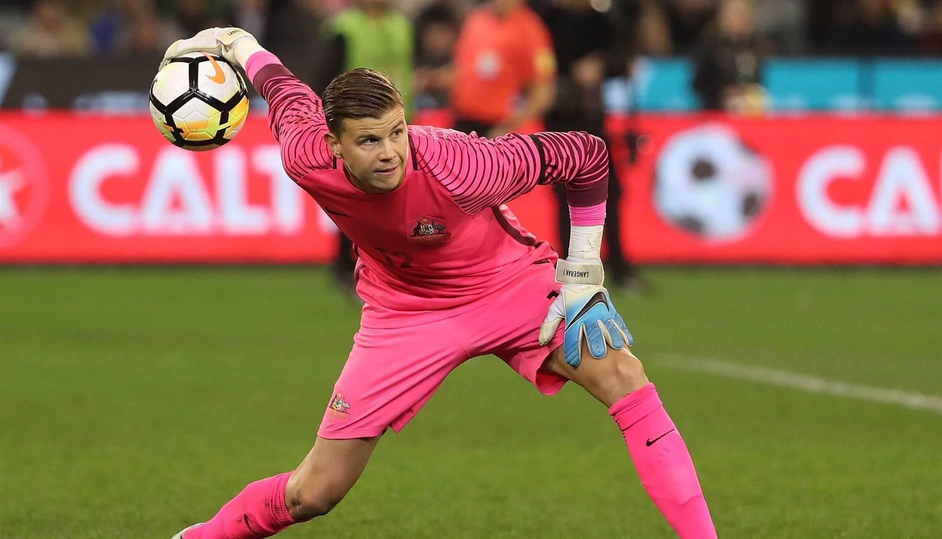 Langerak makes long-awaited Levante debut