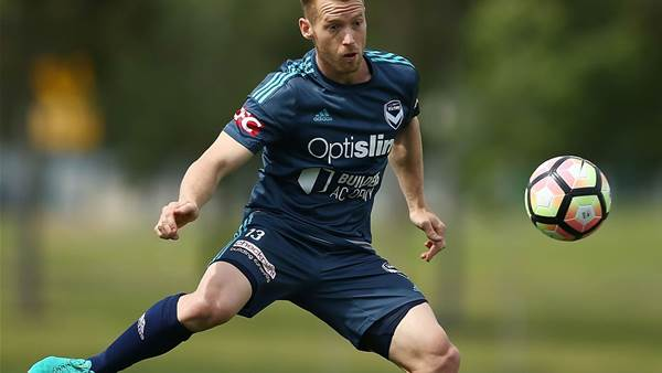 Former Socceroo released by Japanese club