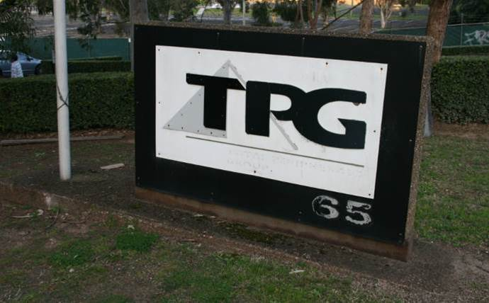 TPG boss apologises for crumbling shares, blames NBN