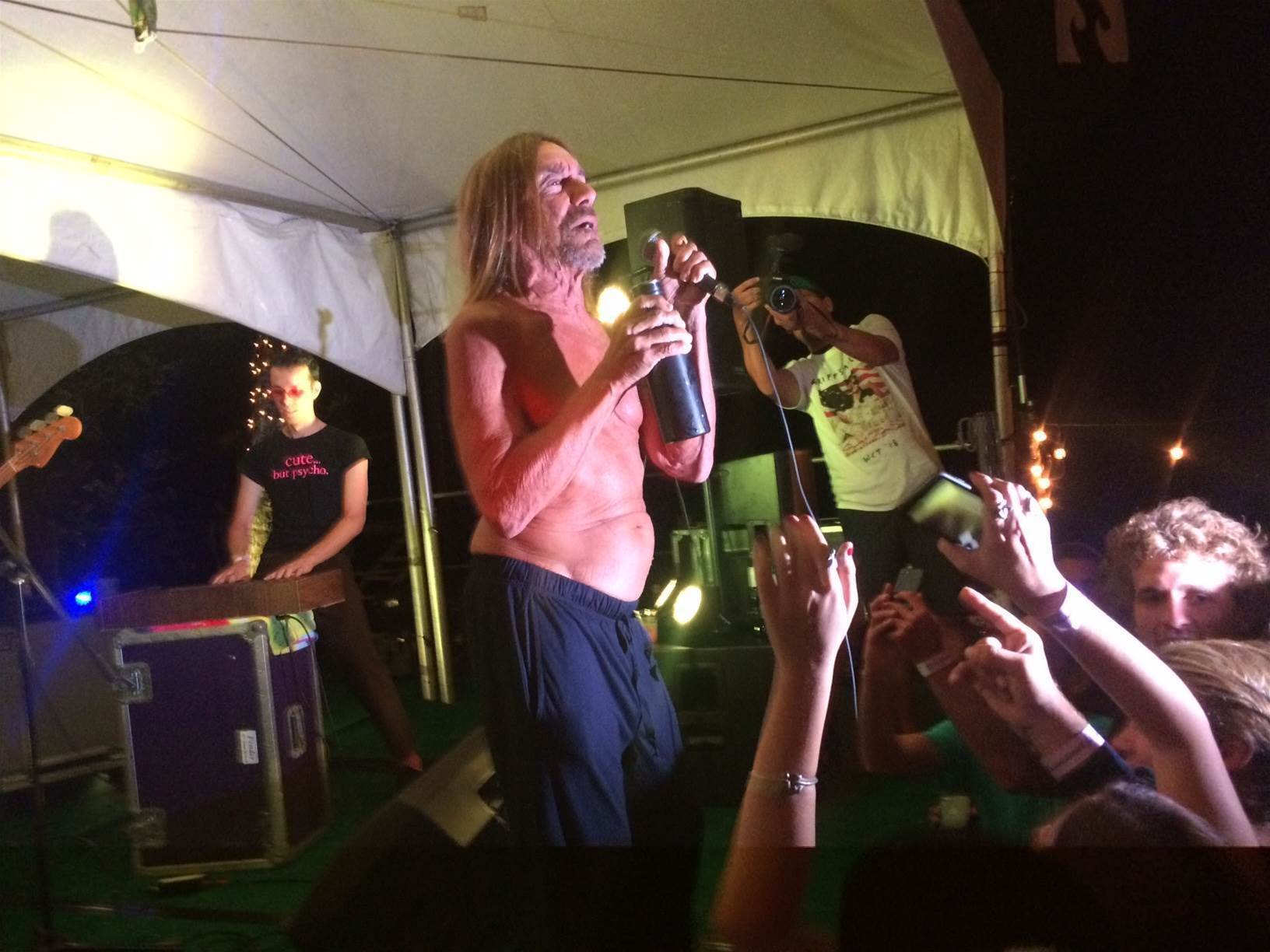 The Night Iggy Pop Played in a Pipeline Backyard