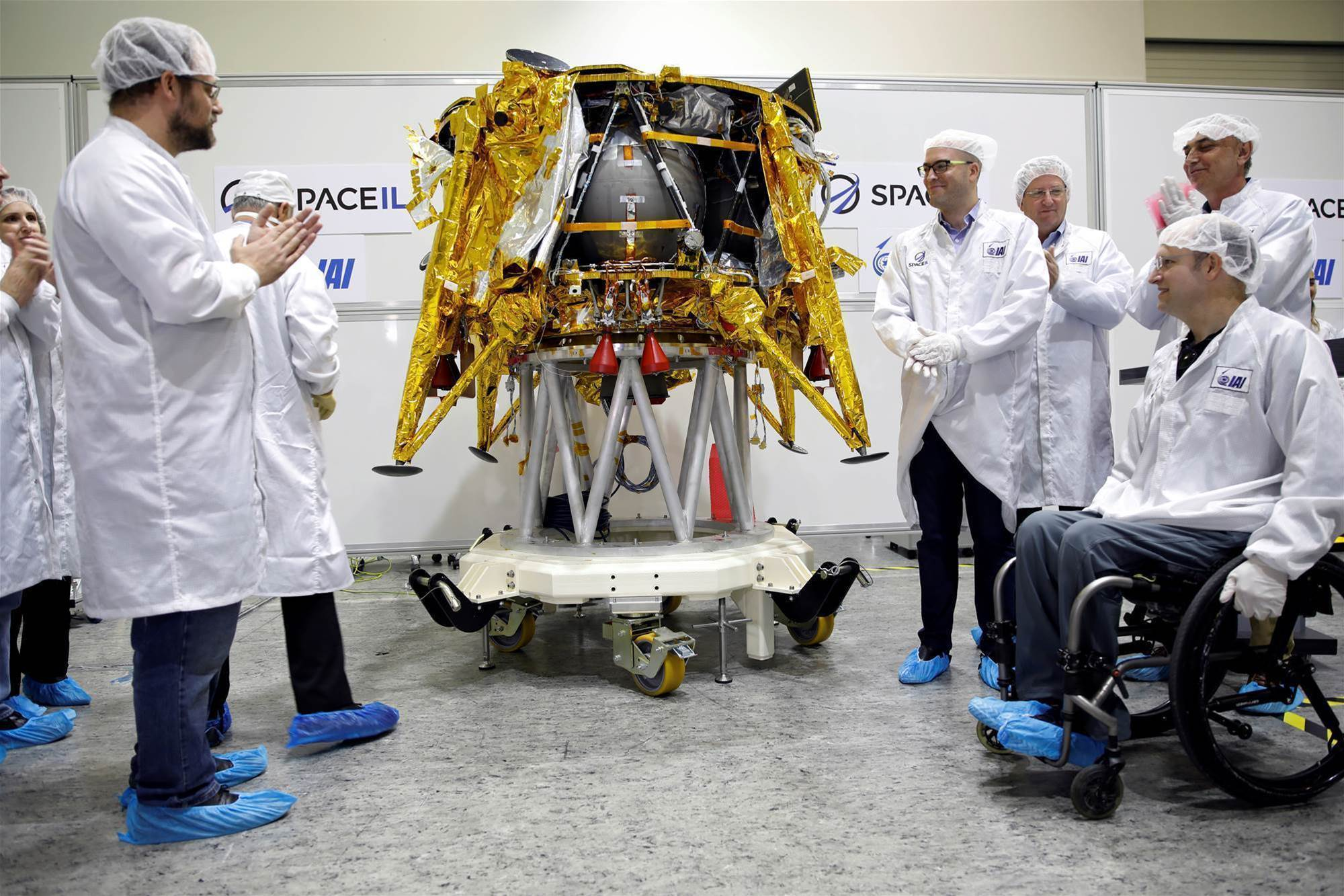 Israeli spacecraft gets final element before 2019 moon launch