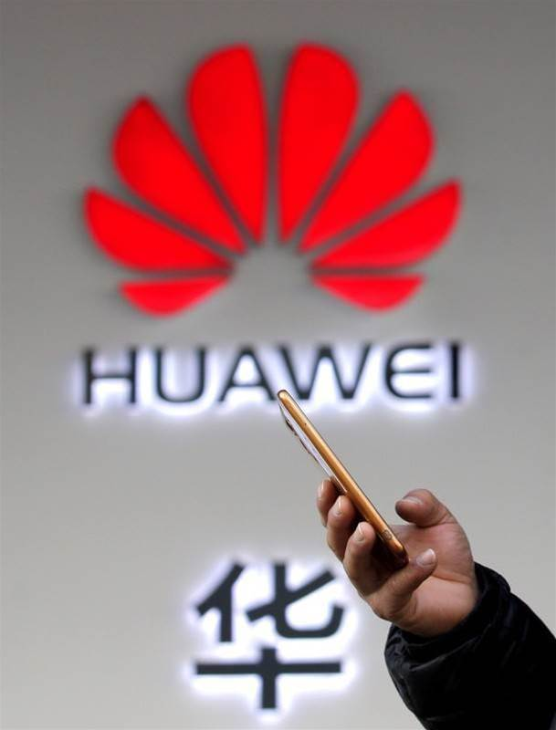 Czech cyber watchdog calls Huawei, ZTE products a security threat