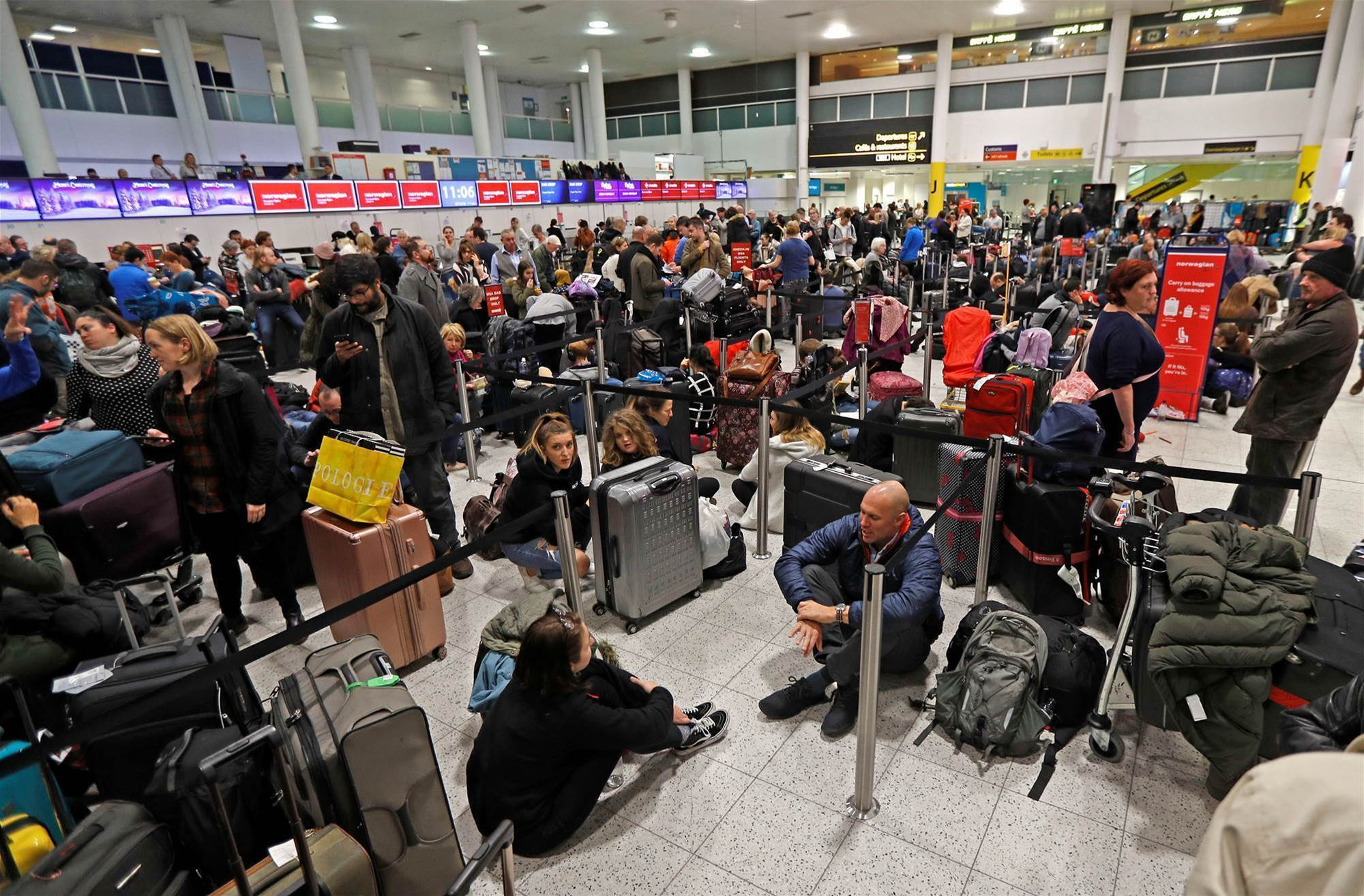 Drones paralyse British airport, grounding Christmas travellers