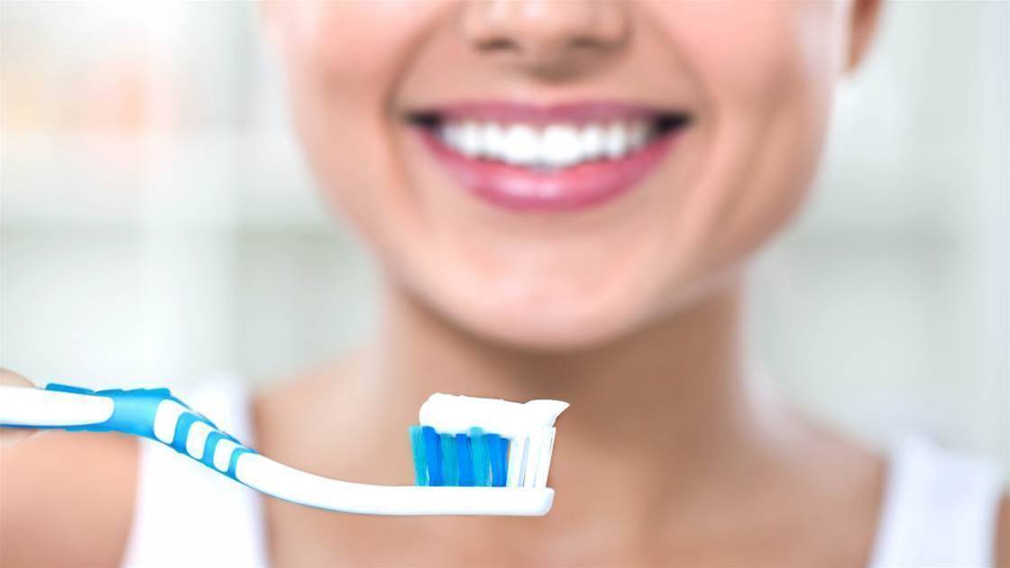4 Toothpaste Ingredients To Avoid At All Costs