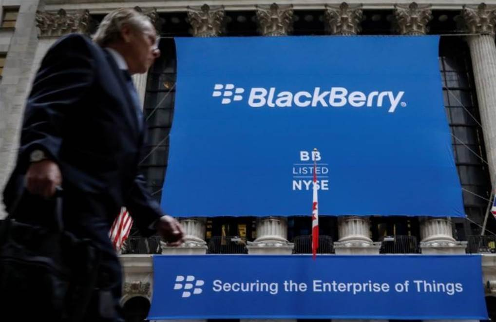 BlackBerry sues Facebook over patent infringement