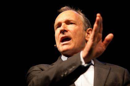 """Tim Berners-Lee: Facebook was """"abused and misused"""" by Cambridge Analytica"""